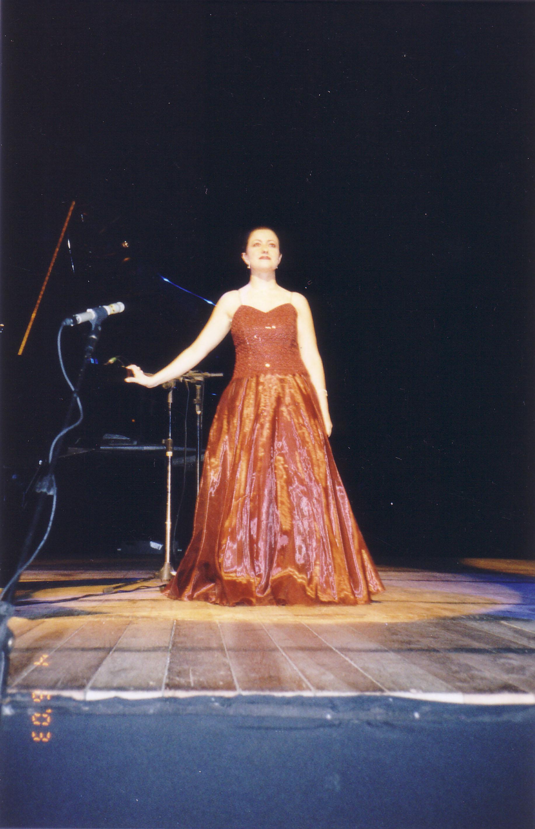 Carla Regina Mezzosoprano